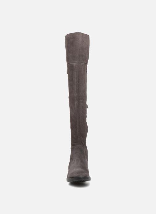Stiefel Tamaris FIME grau schuhe getragen