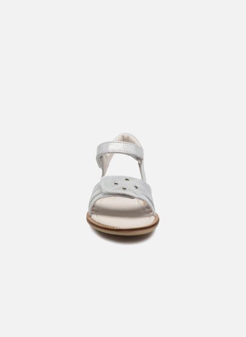 Sandales et nu-pieds Noël SIRI Argent vue portées chaussures