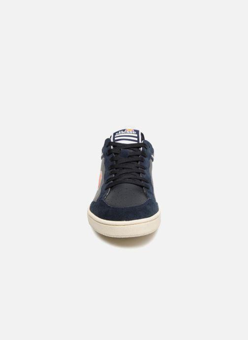 Baskets Ellesse EL82440 Bleu vue portées chaussures