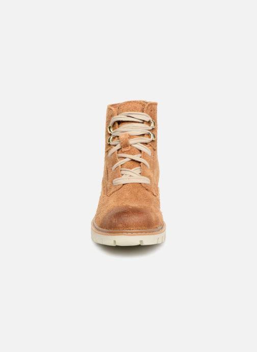 Bottines et boots Caterpillar Basis W Marron vue portées chaussures