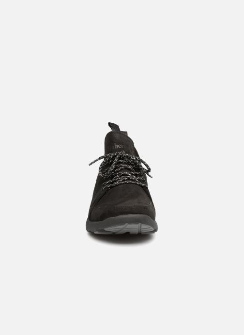 Sneakers Timberland FlyRoam Wedge Nero modello indossato
