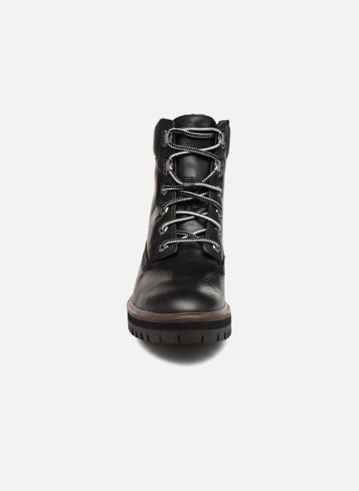Stivaletti e tronchetti Timberland London Square 6in Boot Nero modello indossato