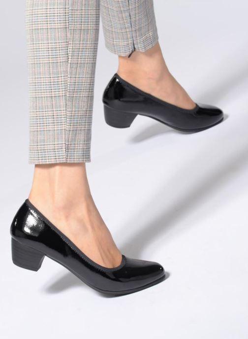 High heels Jana shoes ZATORA Black view from underneath / model view