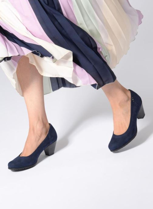 High heels Jana shoes LUBIA Blue view from underneath / model view