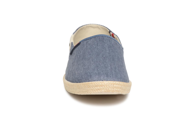 Espadrilles Tommy Hilfiger Ian 2D Bleu vue portées chaussures