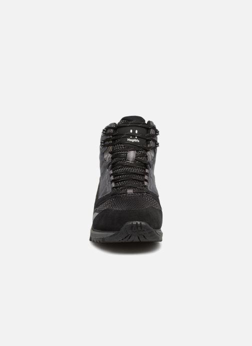 Chaussures de sport HAGLOFS Skuta Mid Proof Eco Men Noir vue portées chaussures
