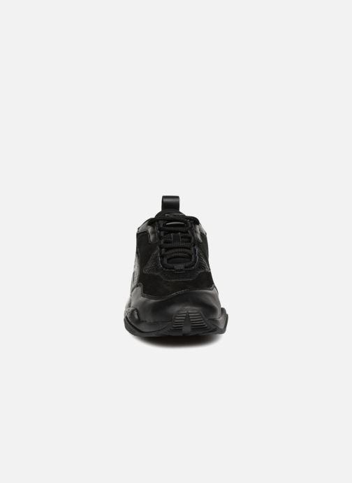 Baskets Puma Thunder Desert W Noir vue portées chaussures