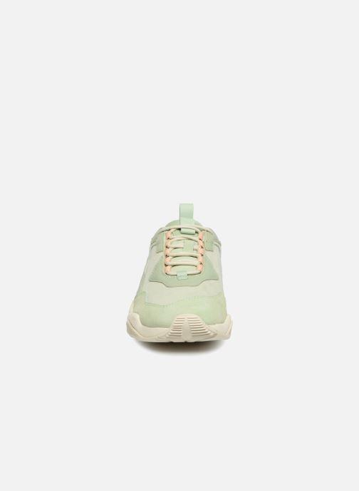 Sneakers Puma Wn Thunder Desert Verde modello indossato