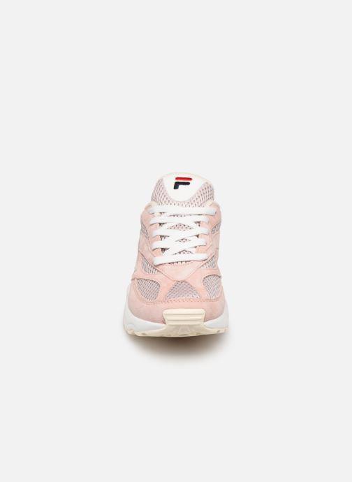 Sneakers FILA FILA 94 Rosa modello indossato