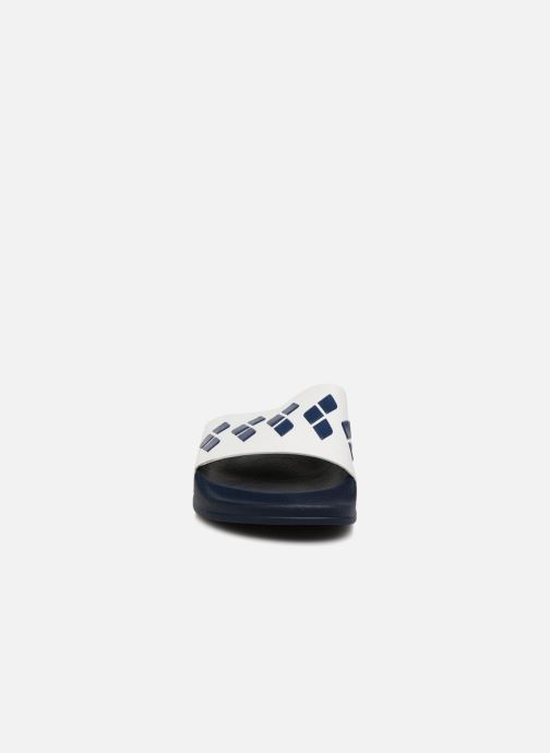 Zapatillas de deporte Arena Team Stripe Slide Blanco vista del modelo