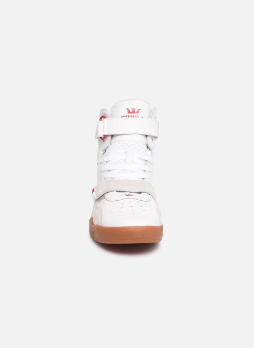 Baskets Supra Breaker Blanc vue portées chaussures