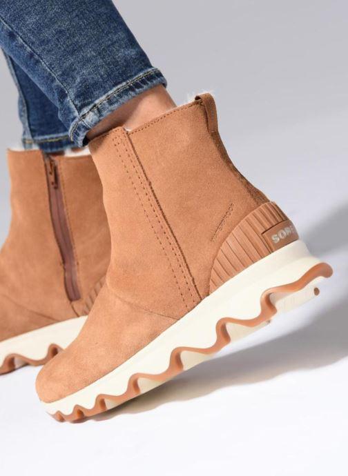 Bottines et boots Sorel Kinetic Short Marron vue bas / vue portée sac