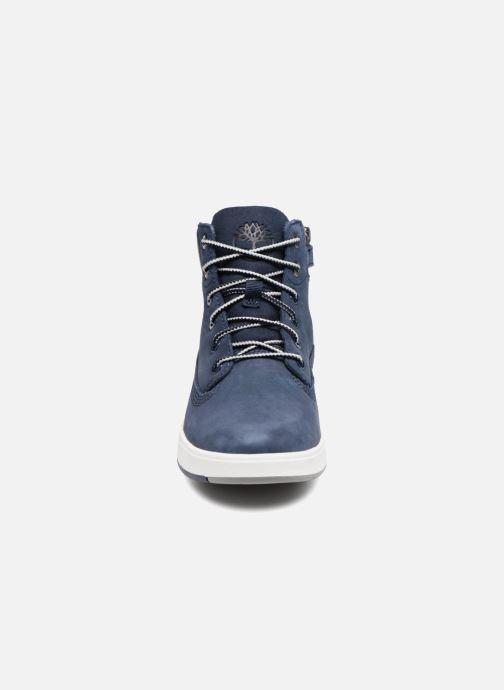 Stivaletti e tronchetti Timberland Davis Square 6 Inch Boot Azzurro modello indossato