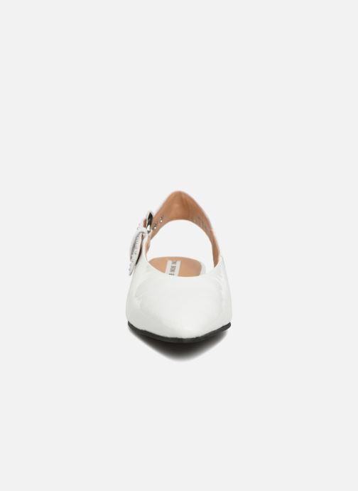 Ballerines Bronx Bfennerx 66072 Blanc vue portées chaussures