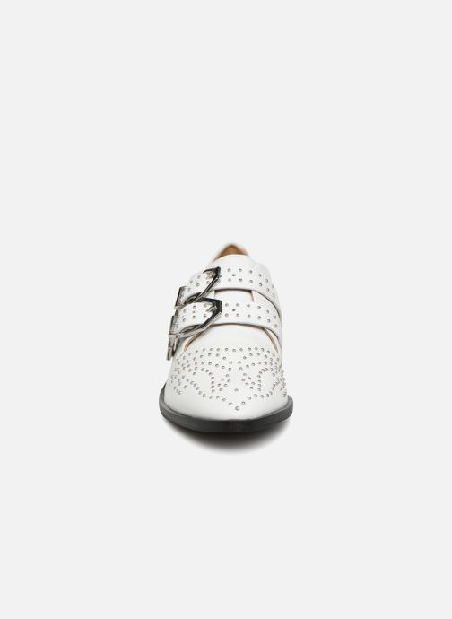 Mocassins Bronx Btex-chunky 66077 Blanc vue portées chaussures