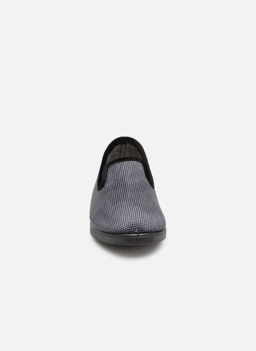 Slippers Rondinaud Castril Grey model view