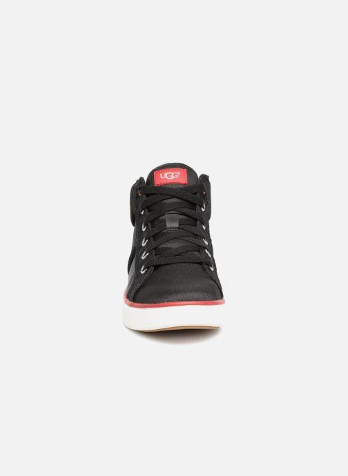 Sneaker UGG Boscoe Sneaker K schwarz schuhe getragen