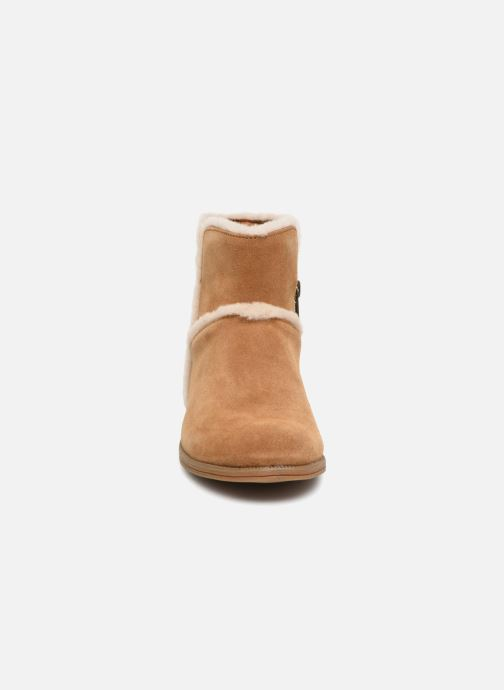 Ankle boots UGG Coletta K Brown model view