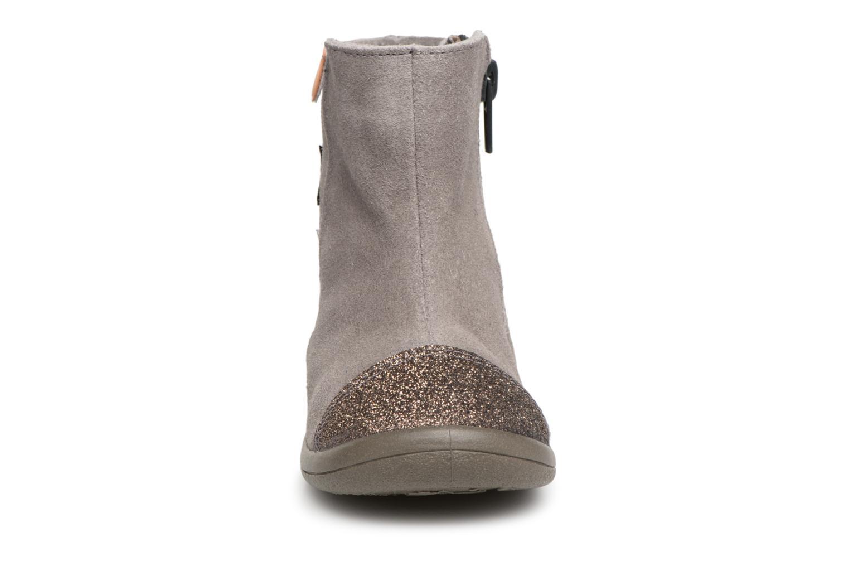 Boots Gioseppo 46664 Grå bild av skorna på