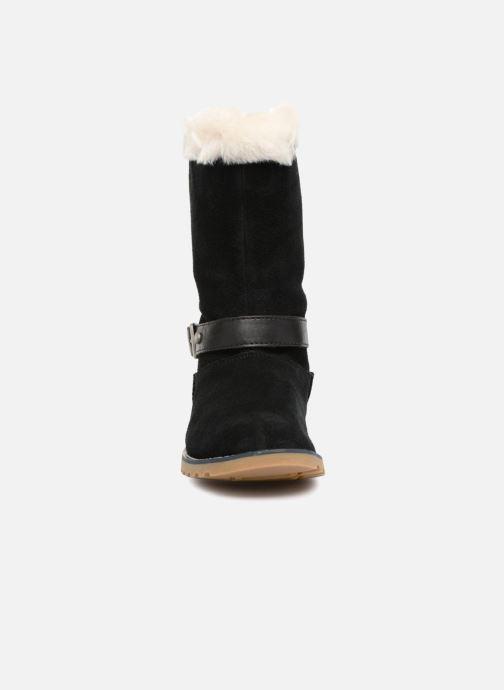Bottes UGG Nessa K Noir vue portées chaussures