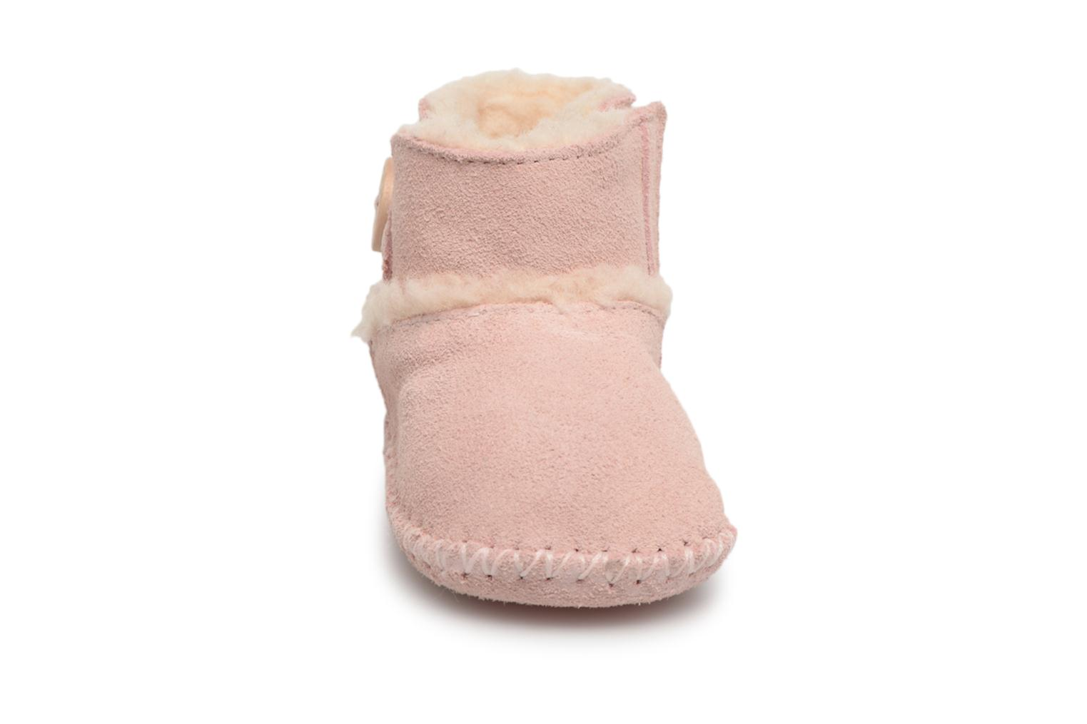 Chaussons UGG Lemmy II K Rose vue portées chaussures