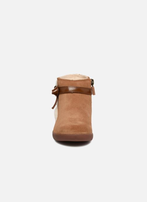 Bottines et boots UGG Libbie K Marron vue portées chaussures