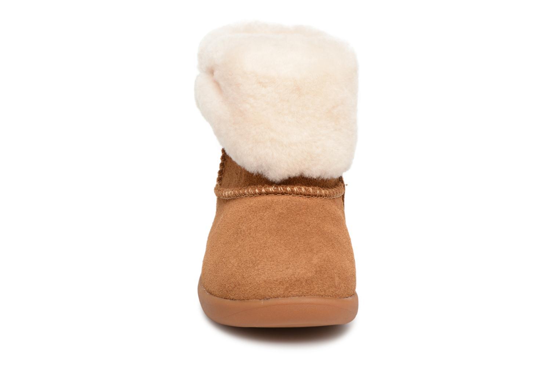 Bottines et boots UGG Ramona K Marron vue portées chaussures