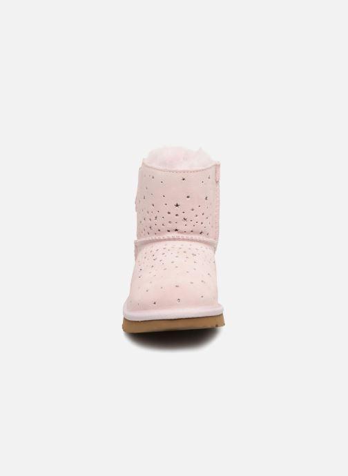 Stiefel UGG Stargirl Classic Mini II Bow K rosa schuhe getragen
