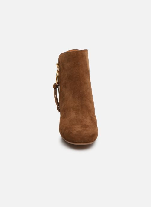 Boots en enkellaarsjes See by Chloé Louise Bruin model