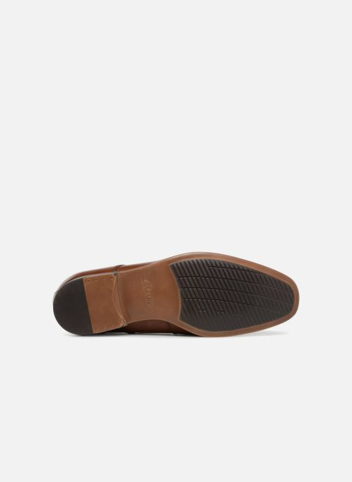 Lace-up shoes Clarks Conwell Plain Brown view from above