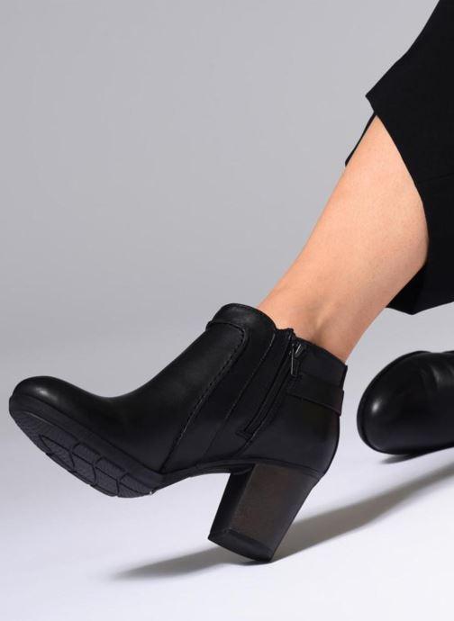 Bottines et boots Clarks Enfield Kayla Bleu vue bas / vue portée sac