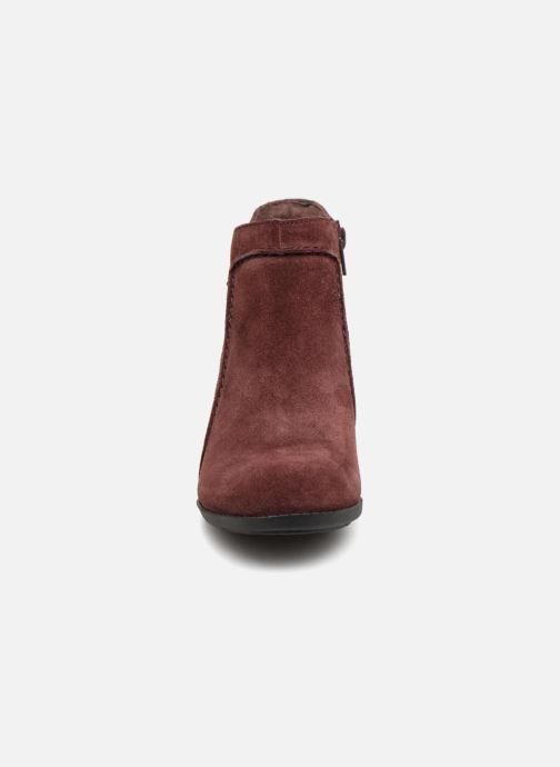Bottines et boots Clarks Enfield Kayla Bordeaux vue portées chaussures