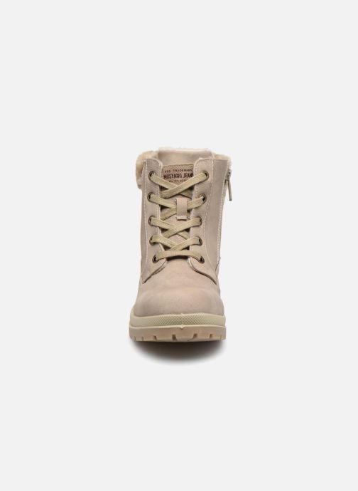 Bottines et boots Mustang shoes Helmina Beige vue portées chaussures