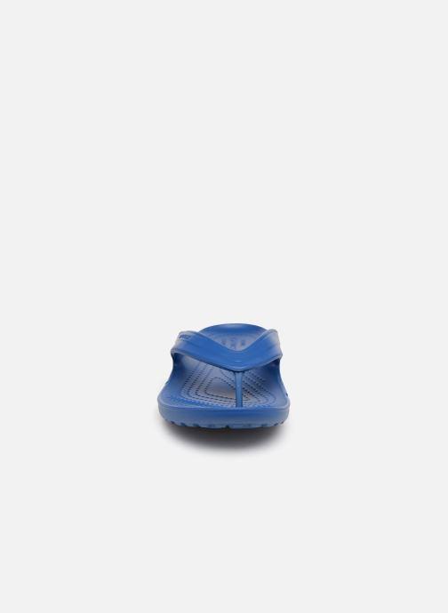 Tongs Crocs ClassicFlip Bleu vue portées chaussures