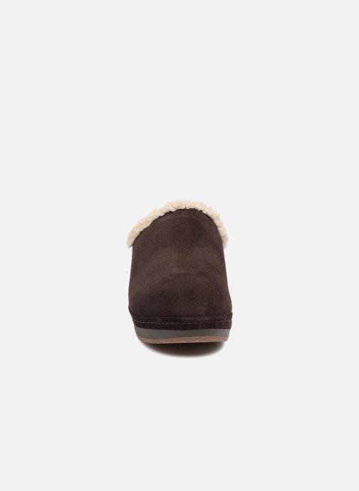 Clogs & Pantoletten Crocs SarahLinedClog braun schuhe getragen