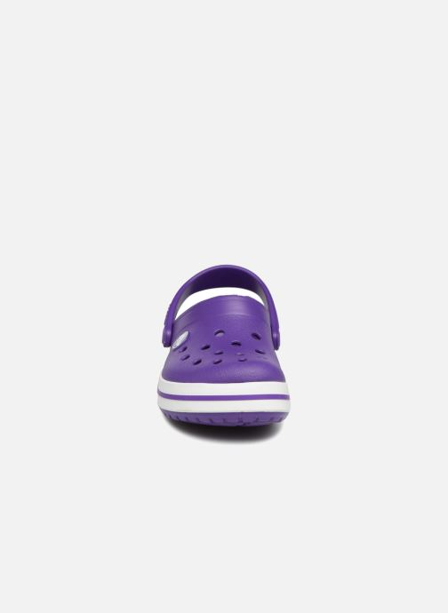 Sandales et nu-pieds Crocs Croc band Clog K Violet vue portées chaussures
