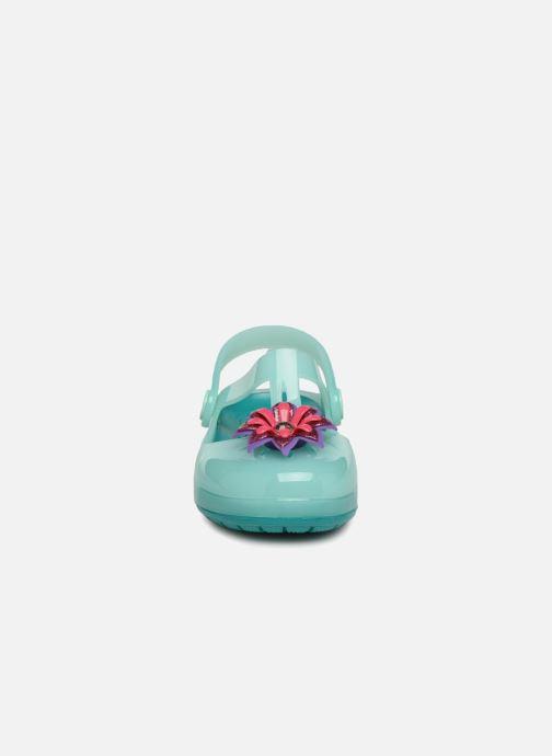Sandali e scarpe aperte Crocs IsabelaClogPS Azzurro modello indossato