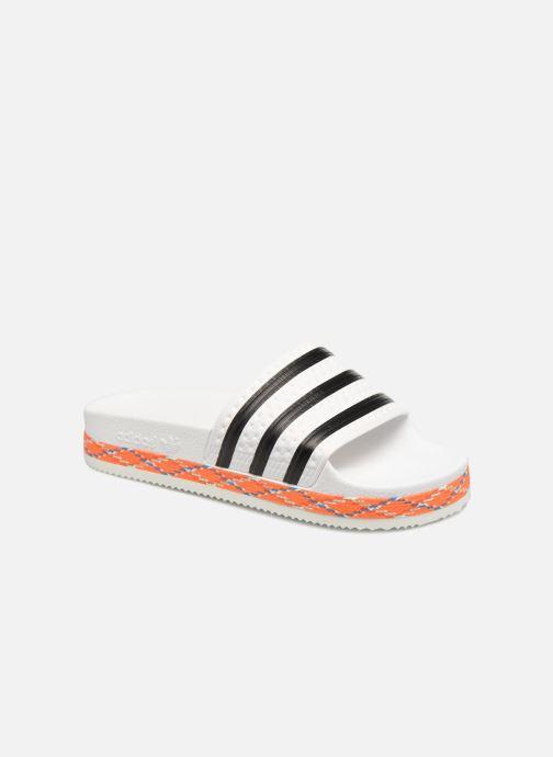 Mules et sabots adidas originals Adilette New Bold W Blanc vue détail/paire