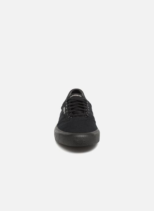 Sneakers adidas originals 3Mc Nero modello indossato