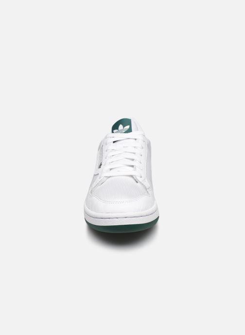 Sneakers adidas originals Continental 80 Bianco modello indossato