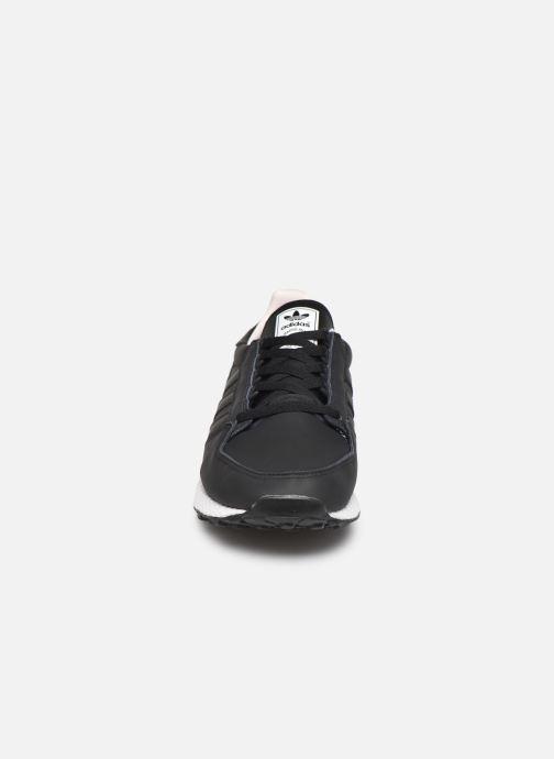 Sneaker adidas originals Forest Grove schwarz schuhe getragen