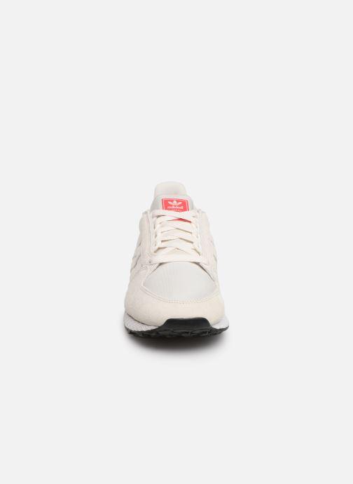 Sneaker adidas originals Forest Grove W weiß schuhe getragen