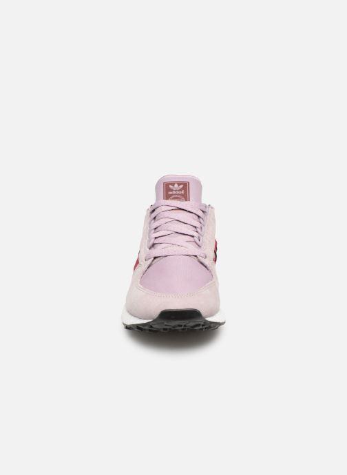 Baskets adidas originals Forest Grove W Violet vue portées chaussures