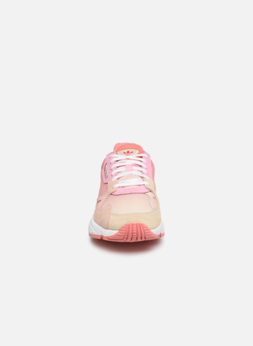 Trainers adidas originals Falcon W Pink model view