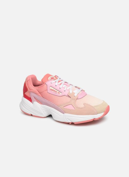 Baskets adidas originals Falcon W Rose vue détail/paire