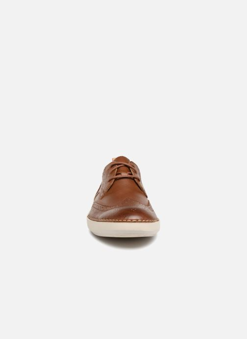 Lace-up shoes Clarks Komuter Run Brown model view