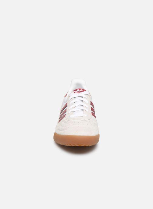 Baskets adidas originals Indoor Super Beige vue portées chaussures