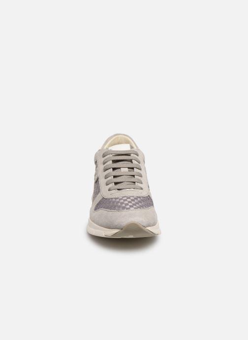 Baskets Geox D SUKIE A Gris vue portées chaussures