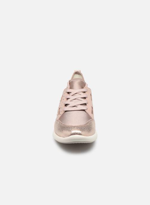 Baskets Geox D OPHIRA B Argent vue portées chaussures