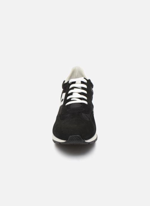 Baskets Geox D SHAHIRA B Noir vue portées chaussures